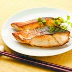 【つながるキッチン】石川県輪島市 サワラの塩麹とハチミツワイン焼き