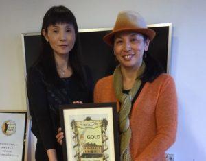 ジャム作り担当の姉ゆきこさん(左)とプロデュース担当の妹イクコさん