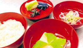 親子でつくる季節の簡単料理レシピ「胡麻豆腐の煮物椀」