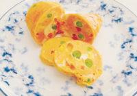 親子で作る季節の簡単料理レシピ「春の花見弁当に「桃色オムレツ」」
