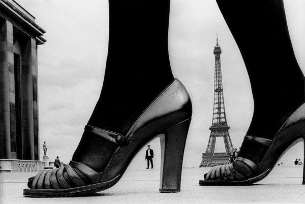 靴とエッフェル塔