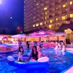 オトナの夜遊びを楽しもう! 神戸ポートピアホテルで9月2日(日)までナイトプール開催中!