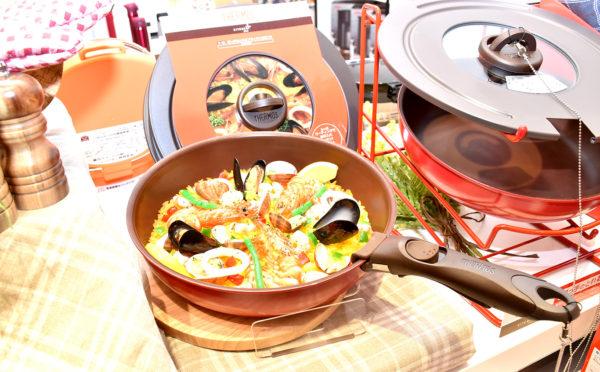 焼く、煮る、炊く、発酵など様々な用途のあるフライパン