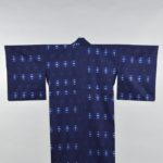 【おうちでミュージアム】<br />芦屋市立美術博物館「藍のファッション展」<br />たどり着いた青と白の美 本物と内面で会話する