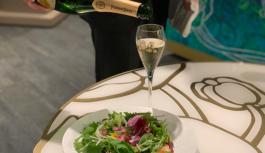 緑豊かなガーデンでシャンパンとおとなの縁日を楽しむ【THE THOUSAND KYOTO(ザ・サウザンド キョウト)】京都・JR京都駅前
